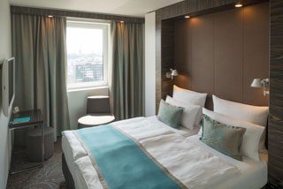 Photo 2 of Motel One Hamburg-Alster
